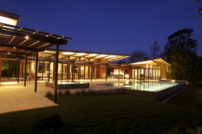 Modern Retreat, Saratoga