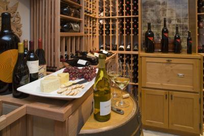 Stunning Wine Cellar, Palo Alto