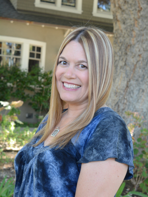 Brandi Smith Accounting / HR Manager