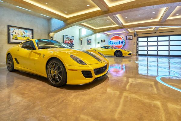 Luxury Car Barn