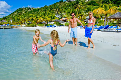 Why Travelers Need The Islands Resort Experts at Away U Go Travel