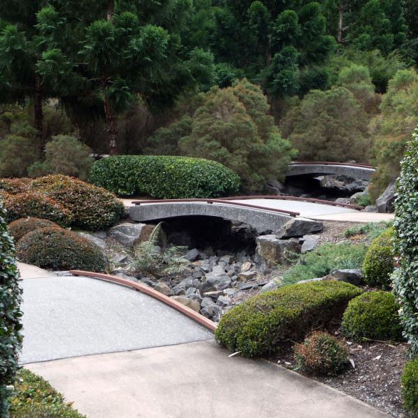Lange-Design---Nerima-Gardens-10