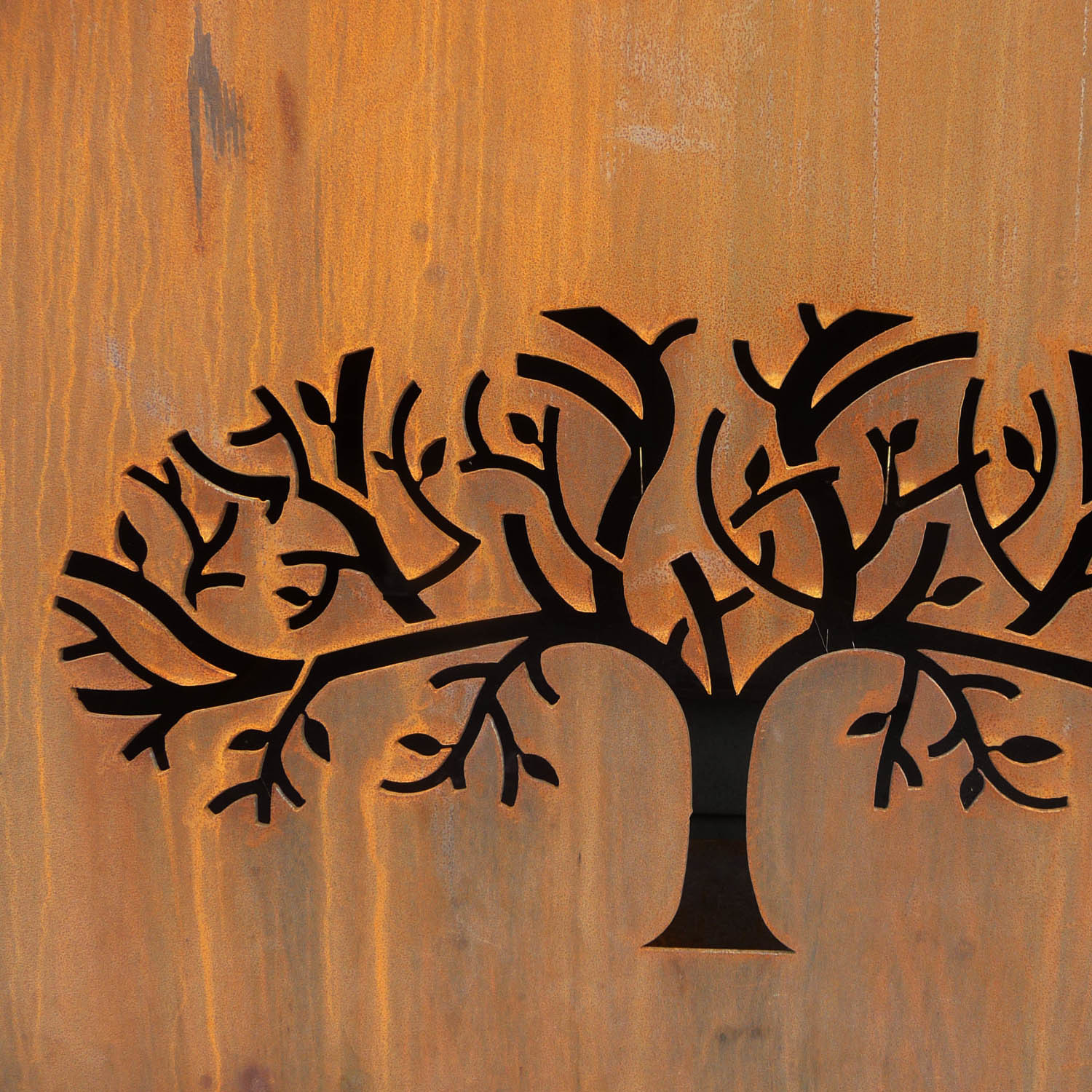 Fig Tree Village motif