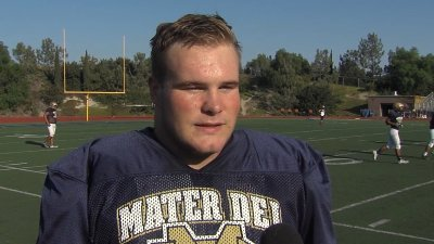 Mater Dei Catholic lineman, Nicholas Dell' Acqua