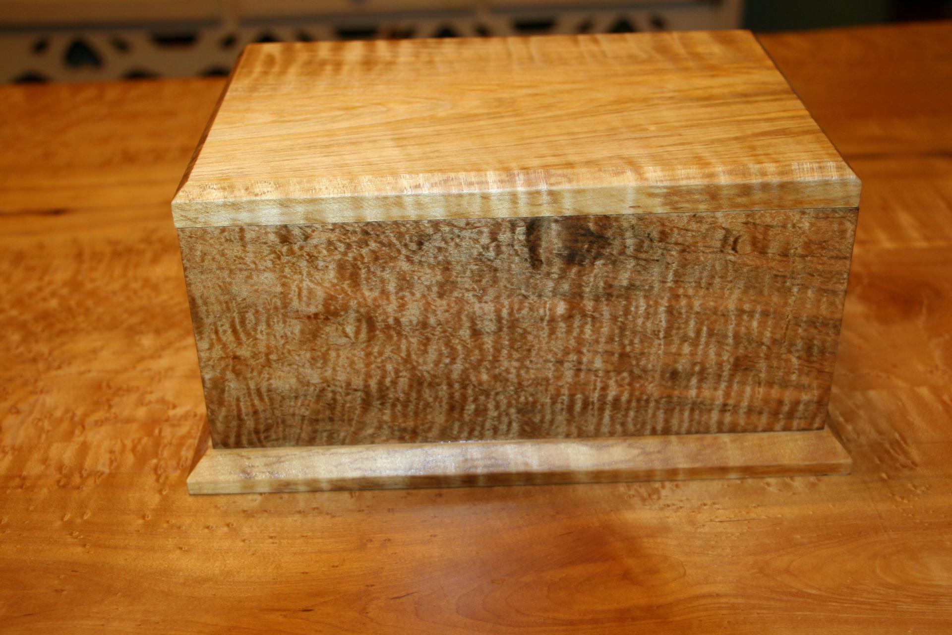 Maple Cremation Box