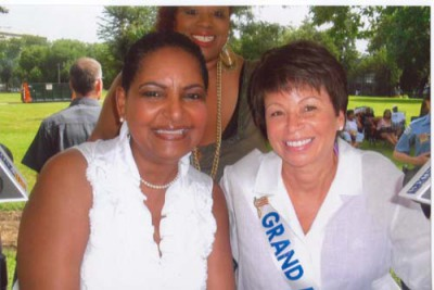Pam, Valerie Jarrett and MaryAnn Grosset