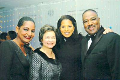 Pam & WGN Allison Payne, Susan Davenport Smith & Bishop Horace E. Smith, M.D.