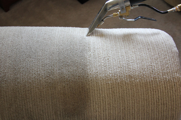 upholstery-cleaning-31