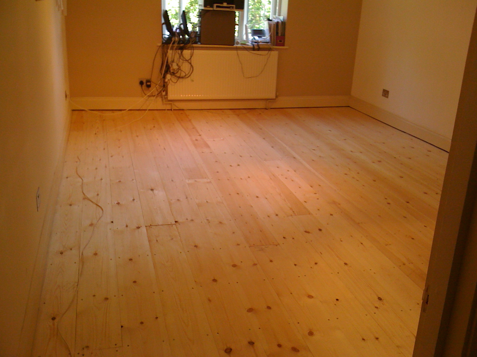 New floor boards to complete