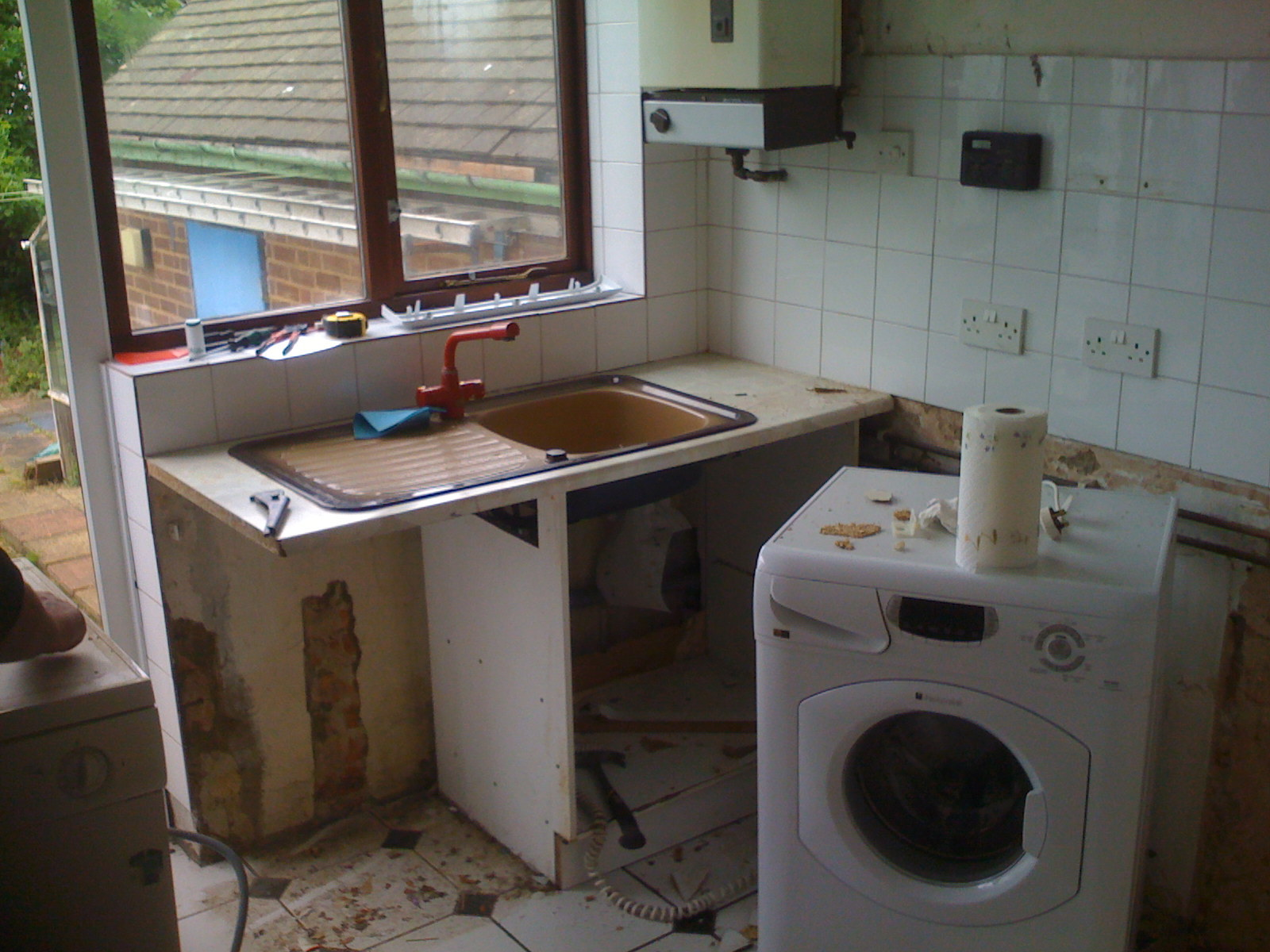 Outdated unusable kitchen
