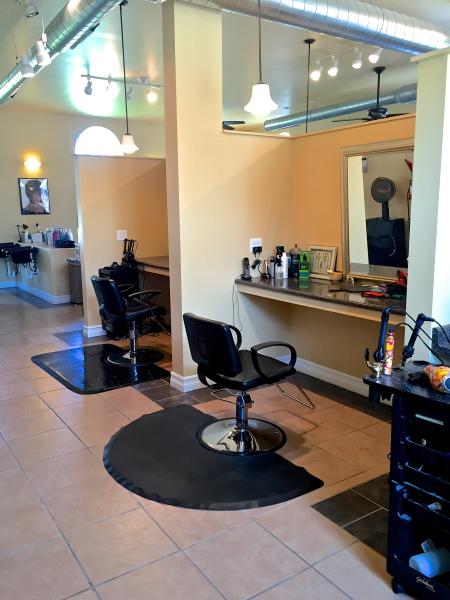 Hair Salon, Booth
