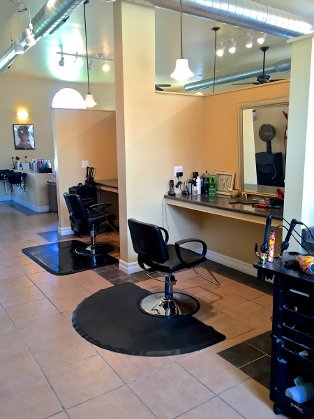 Hair Salon, Booth