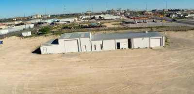 5,200SF on 2.5 Acres-Midland, TX