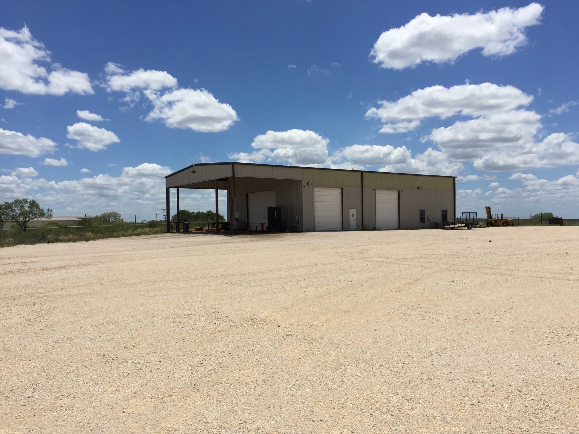 5,000SF on 3.5-10 Acres