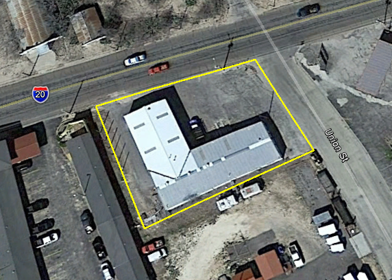 6,800 SF Warehouse on .389 Acres in Big Spring, TX