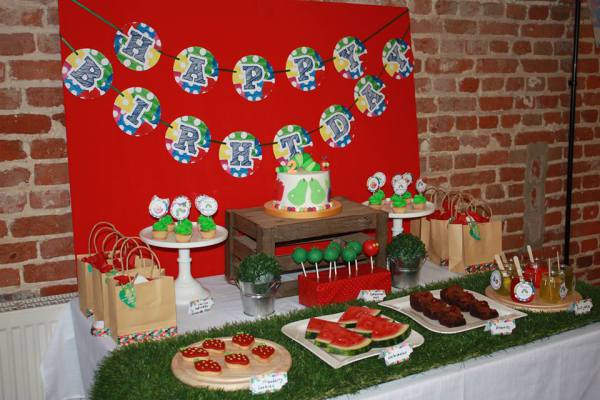 hungry caterpillar table