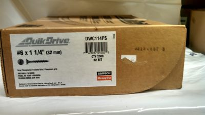 "Quik Drive Deck Screws Bostitch 1 1/4"" Galvanized 2.5M / Box $20.00"