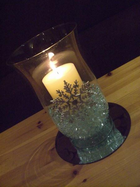 Storm vase with snowflake