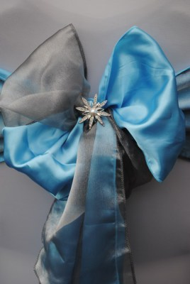 Diamante star brooch for chair covers