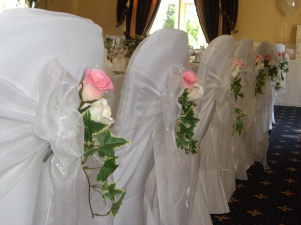 Flower inserts for chair cover sash