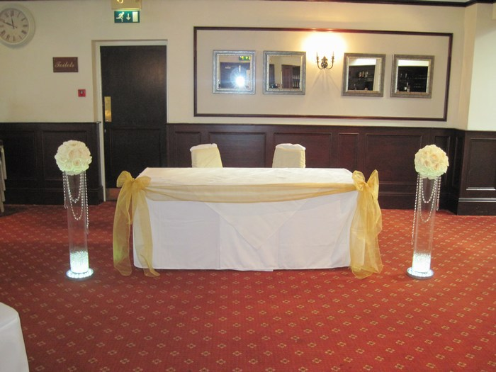 crystal column hire