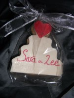 Cookie Favour in wedding cake shape with name for name card