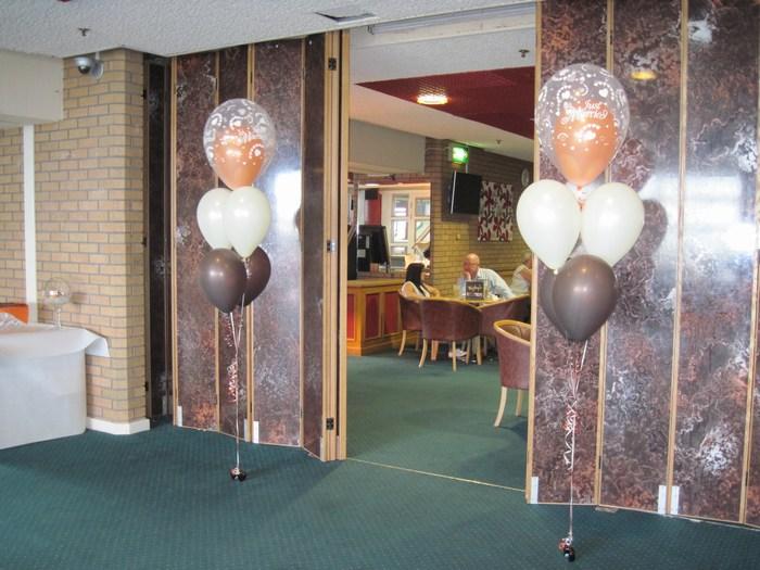 five balloon clusters floor standing in tulip shape