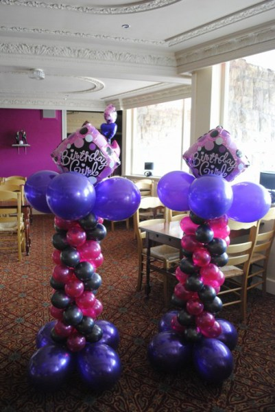 Birthday Balloon columns with foil 5 topper on small columns