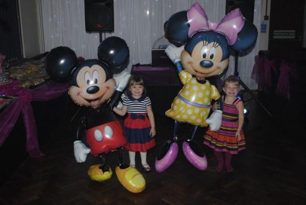 Disney Minnie & Minie mouse balloon airwalkers