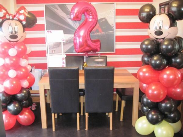 Minnie & Minie mouse balloon columns
