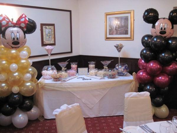 Disney Minnie & Minie mouse balloon columns