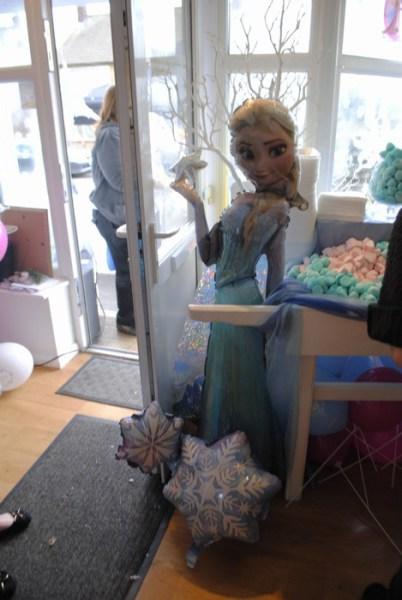 Frozen Elsa large foil Balloons