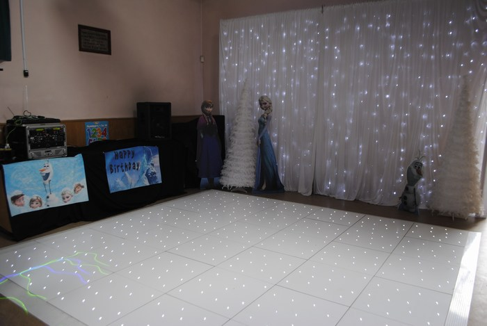 white twinkle dance floor for frozen themed party