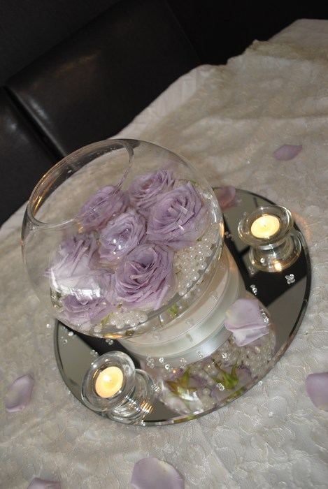Small Gold Fish Bowls with fresh lilac roses water & pearls