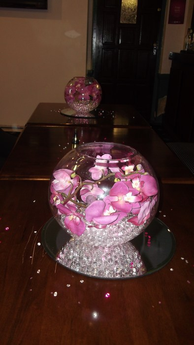 Small Gold Fish Bowls with hot pink orchids
