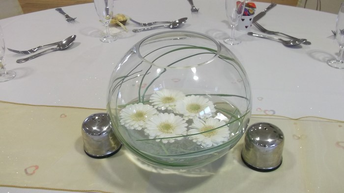 Small Gold Fish Bowls with fresh white gerbera & bear grass