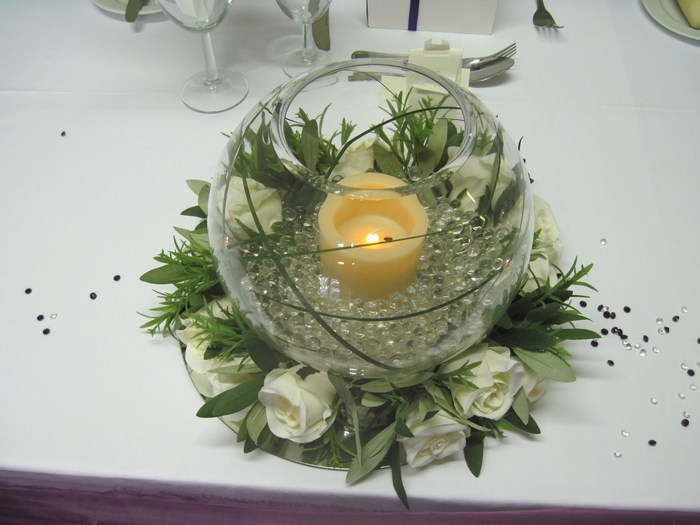 Small Gold Fish Bowls with cream rose ring base & LED candle