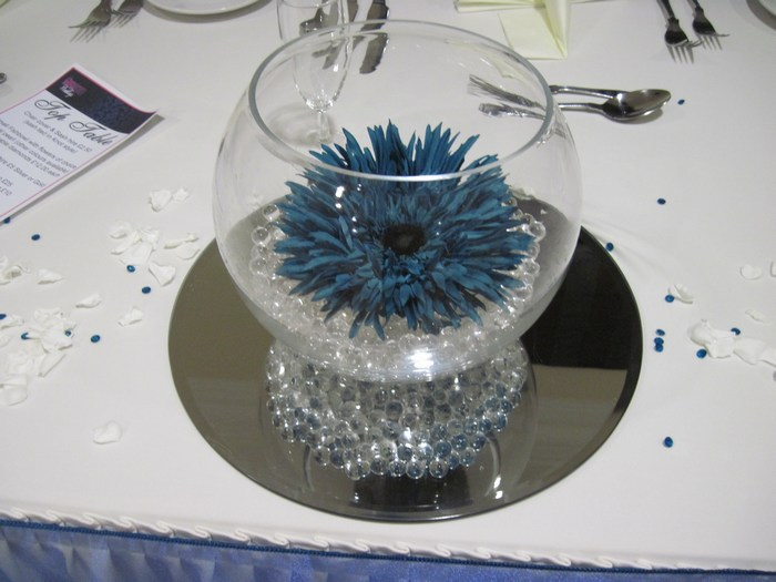 Small Gold Fish Bowls with teal gerbera