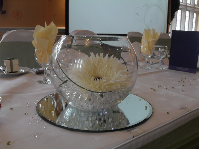 Small Gold Fish Bowls with white gerbera & bear grass