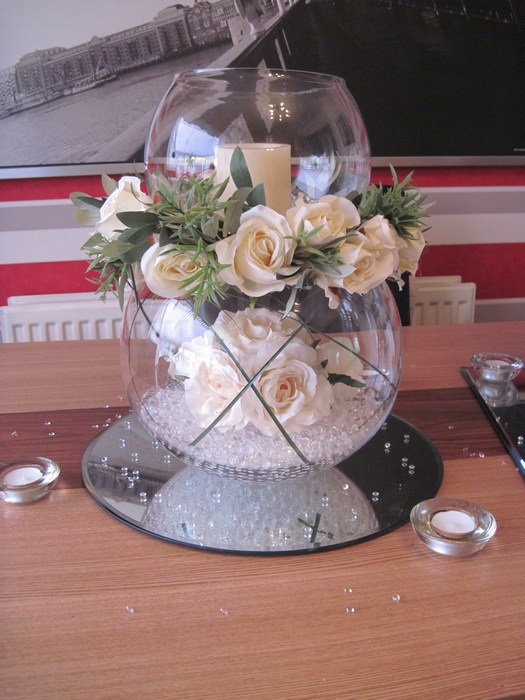 Double Goldfish Bowl cream roses, cream rose ring, LED candle