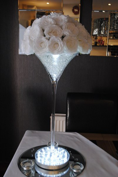 Super Martini white rose dome