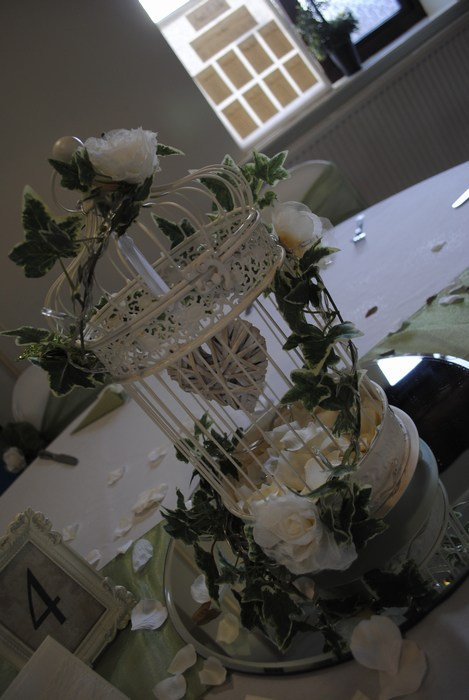 Vintage cream birdcage with hanging heart & cream rose clips