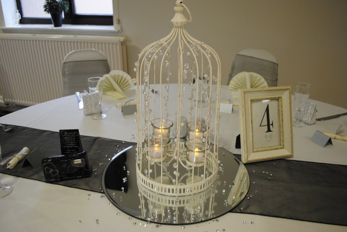 Beaded Birdcage with LED tealights