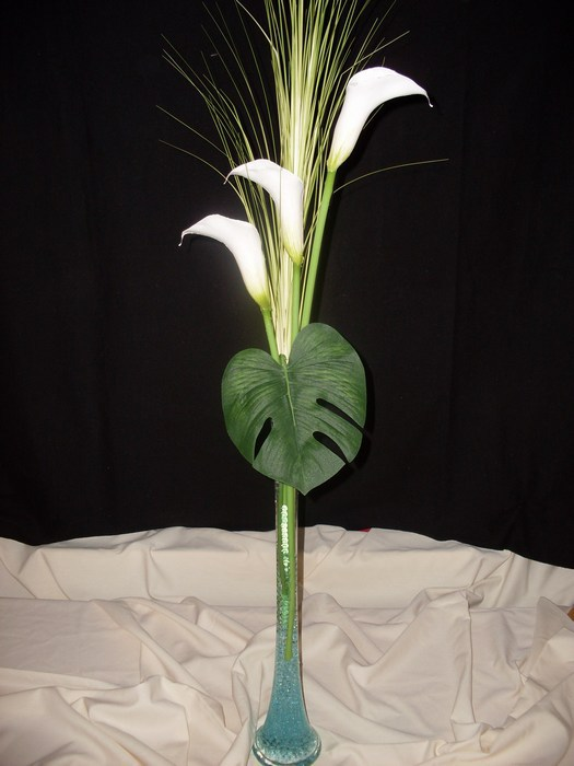 Calla Lily Vase with blue stem