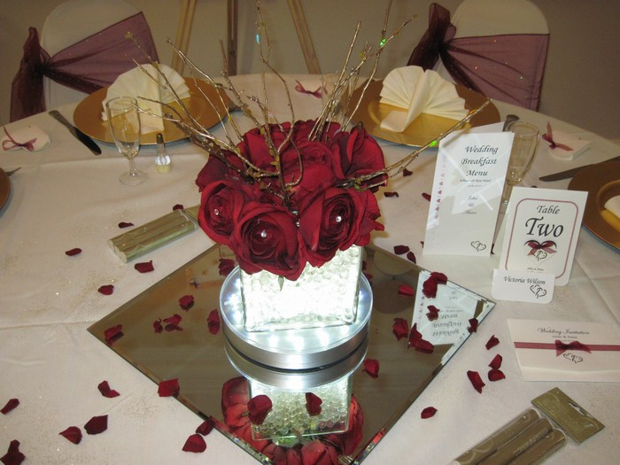 Square vase with rose posy & gold twigs