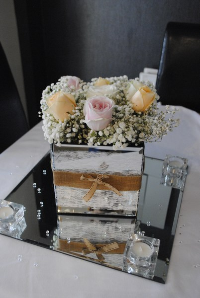 Mirror square with rustic decor & fresh roses & gyp