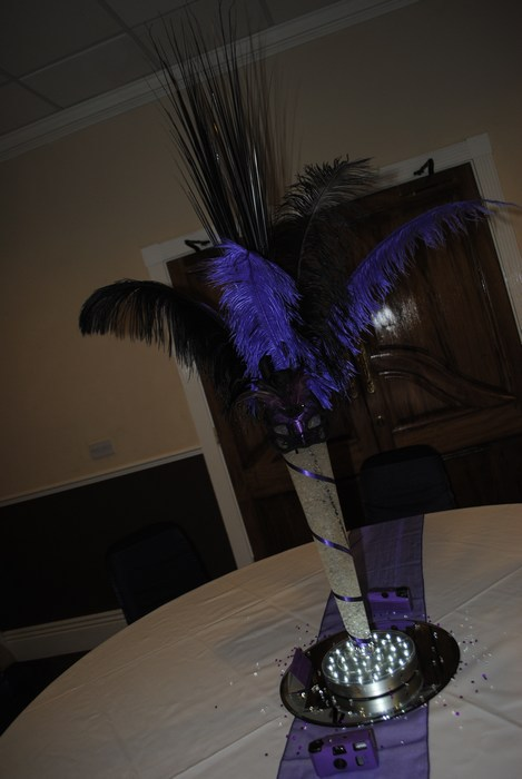 Masquerade Conical vase in black and purple