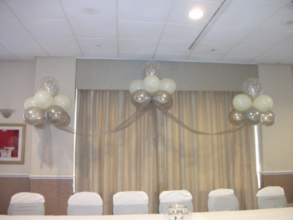 Cloud 9 in silver & white behind top table