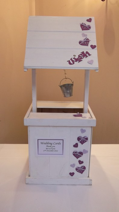Entwined hearts wooden wishing well hire