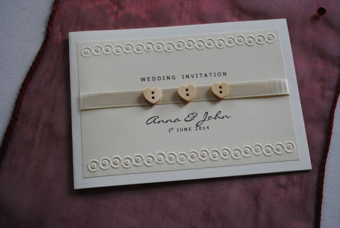 Wooden heart button table standard day invitation